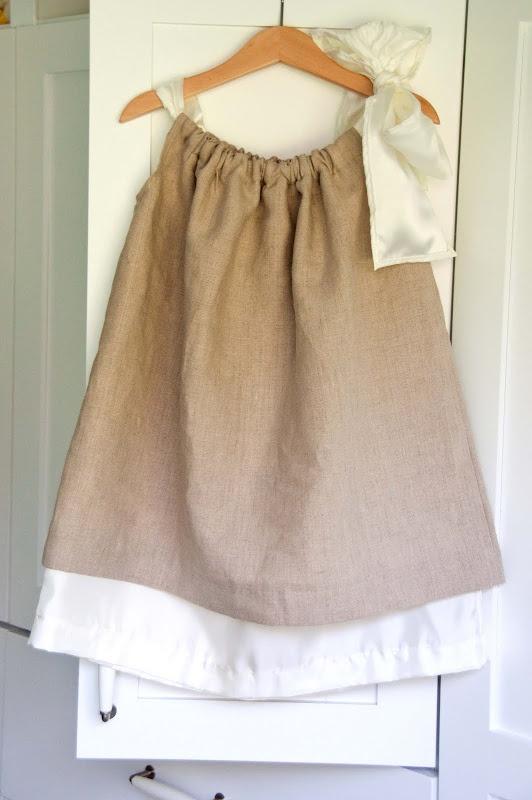 Double layer pillowcase dress (tutorial)