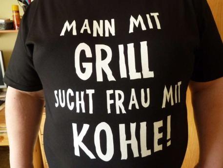 Mann mit Grill sucht Frau mit Kohle