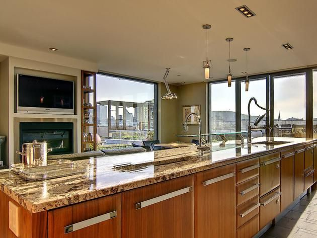 Enjoy a meal the kitchen design experts at share 15 kitchen layouts