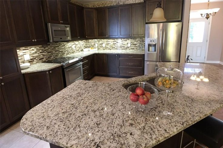 Great kitchen in this Carleton Pl, ON home.