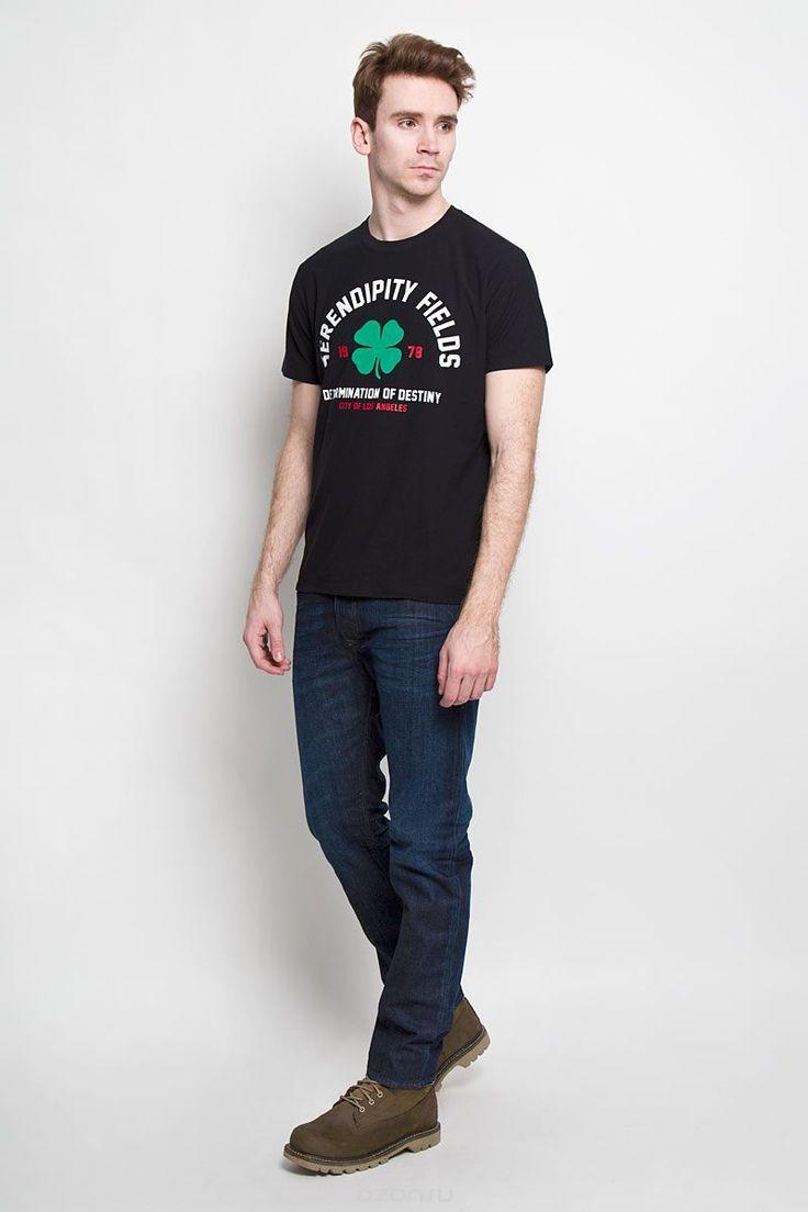 00SNBS-0DAKXСтильная мужская футболка Diesel - идеальное решение для повседневной носки. Эта практичная, приятная на ощупь модель, выполненная из полиэстера с хлопком, прекрасно пропускает воздух, она позволит вам чувствовать себя уверенно и легко. Удобный крой, круглый воротник и короткий рукав обеспечивают свободу движений. Лицевая сторона футболки оформлена оригинальным принтом с надписями на английском языке. Эта футболка - идеальный вариант для создания эффектного образа.
