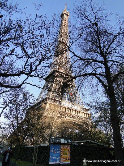 Cartão Postal: Torre Eiffel, em Paris