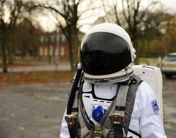 25+ Best Ideas About Space Suits On Pinterest