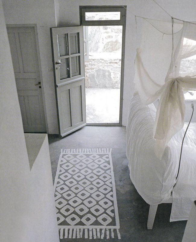 Poligöm / 10 idées à retenir pour un intérieur hors du commun avec Paola Navone / tapis peint