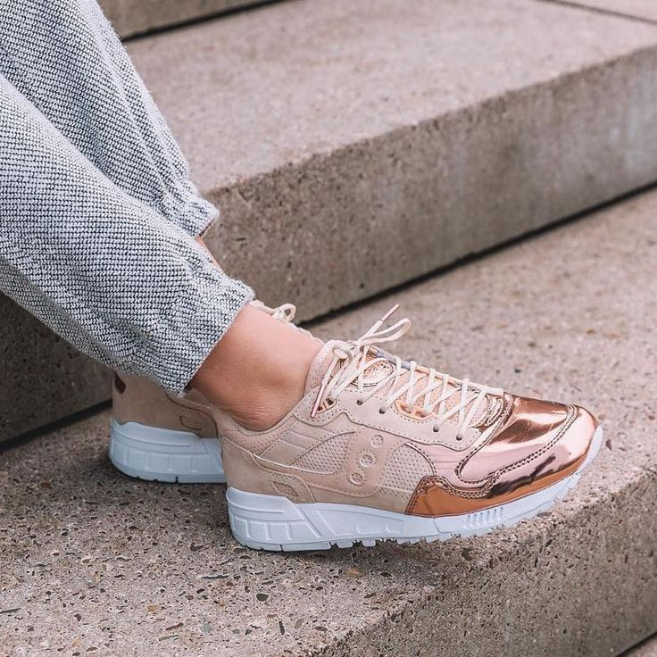 Sneakers women - Saucony Shadow 5000 Offspring Medal Pack (©overkill)