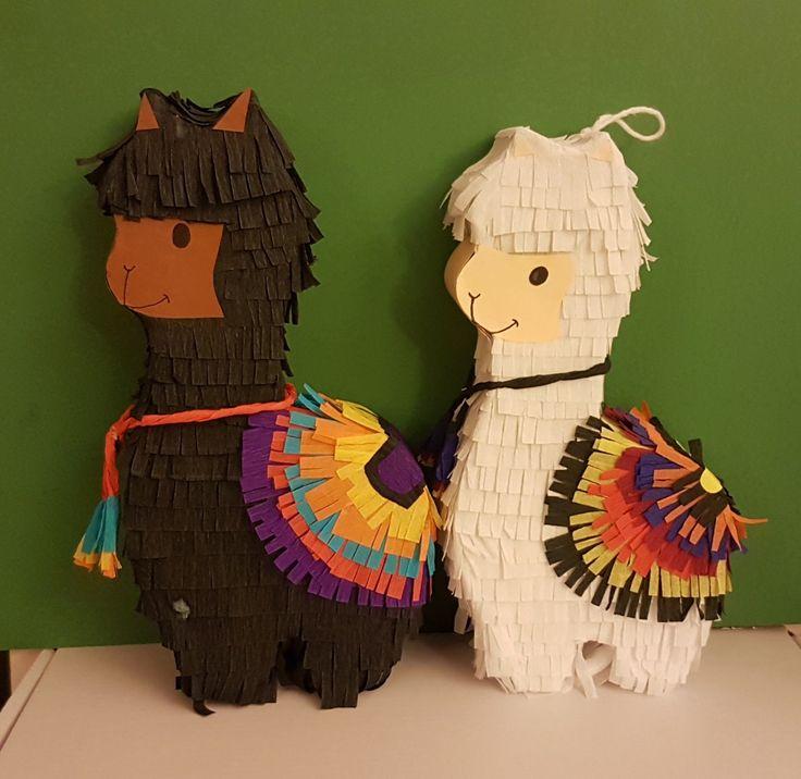 Mini llama piñatas