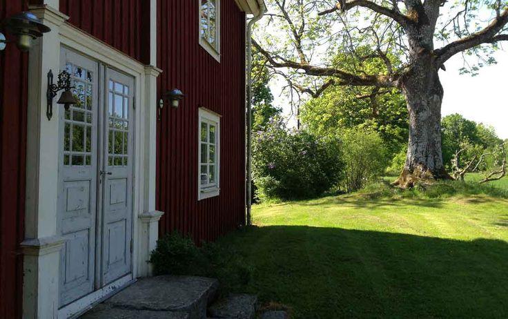 Gamla Huset. Mangårdsbyggnad från 1800- talet nära sjön Hyllen, Tingsryd…