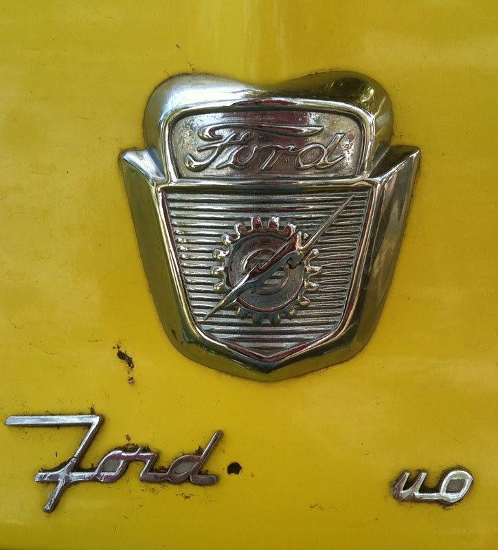 Old Ford badge