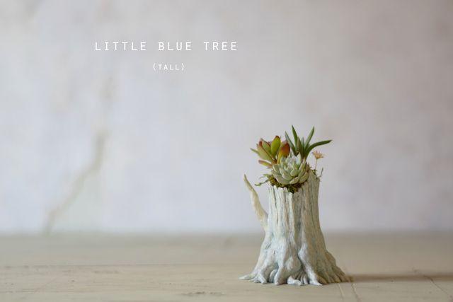 Little blue tree (tall)