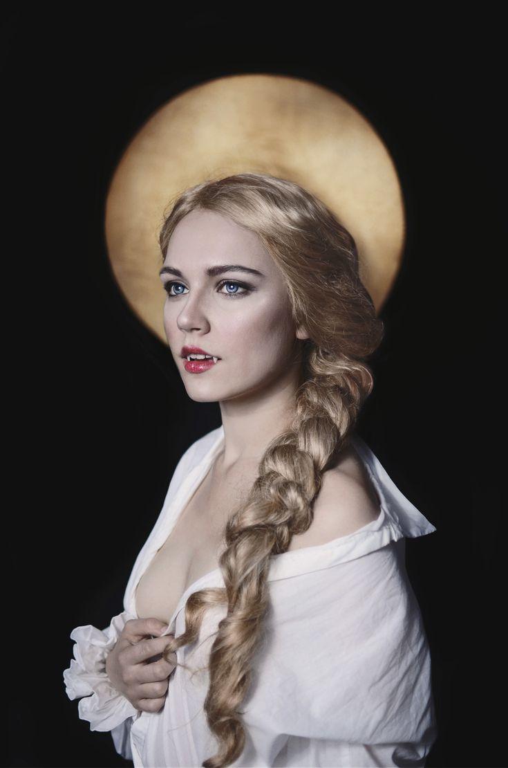 Gabrielle de Lioncourt The Vampire Chronicles - Anastasia Lion  Photo by Vasiliel