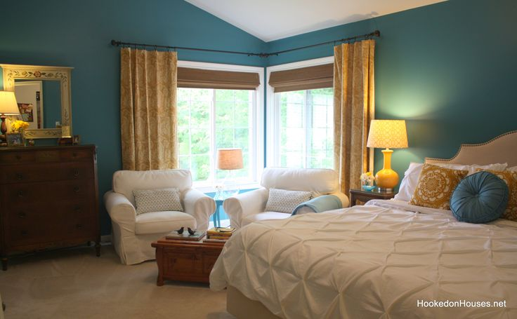 Before & After: My Boring Bedroom Gets a Wake-Up Call   note couples reading area