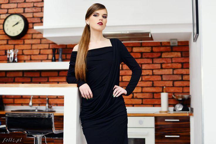 SUK. CHIARA - CZARNY - JUSTYNA-MAKOWSKA-FASHION-DESIGNER - Dzianina