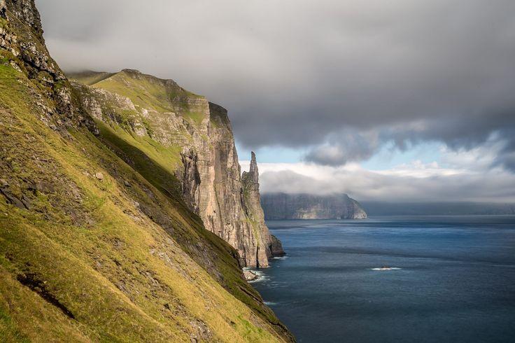 [16] Faroe Islands 2016 - Trøllkonufingur by Alexander Friedrich on 500px