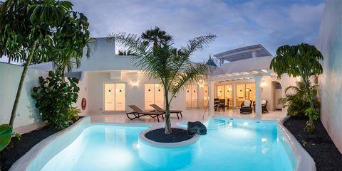 Bahiazul Villas & Club Hotel, Corralejo Andalucia, Villa, Outdoor Decor, Editorial, Home Decor, Beach Bars, Natural Playgrounds, Decoration Home, Room Decor
