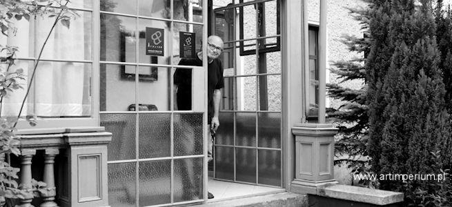 Bolesław Polnar - w pracowni artysty, 2011r. Fot. Magdalena Woźniak  10 lutego 2014 r., zmarł wspaniały artysta malarz, grafik, rysownik - Bolesław Polnar... Jak pożegnać Przyjaciela?  http://artimperium.pl/wiadomosci/pokaz/155,zmarl-boleslaw-polnar-wspanialy-artysta#.UvqCi_l5OSo