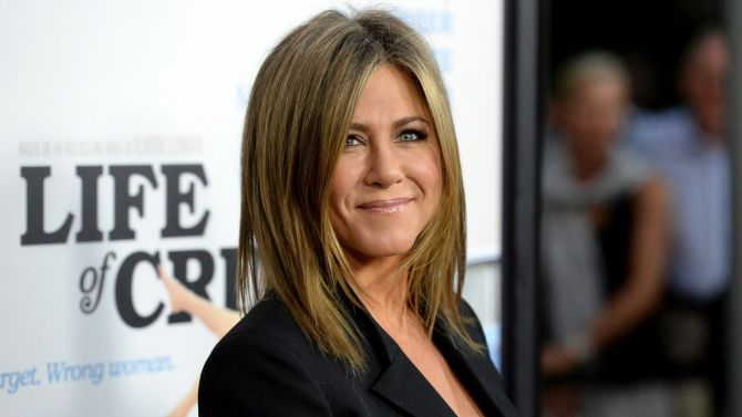 Jennifer Aniston is in talks for new movie 'Mean Moms'
