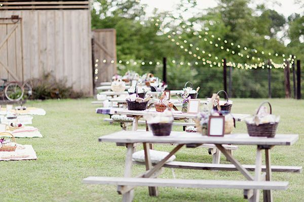 """6 Alternative Wedding Receptions - Luncheon If you like the idea of a daytime reception but can't pull yourself out of bed before dawn, marry at noon and serve your guests lunch shortly thereafter. Consider having a picnic in your favorite local park following your """"I dos."""" Serve up lemonade, champagne cocktails, and micro brews alongside your favorite barbecue or tasty sandwiches."""