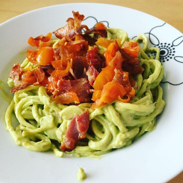 Spirualized squash avocadocreme tomatoes And bacon