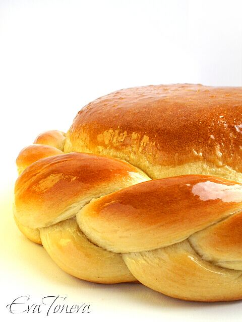 russian bread. needs translation  http://www.evatoneva.com/index.php?option=com_content=article=105:postnapogacha=7:pitiipogachi=9