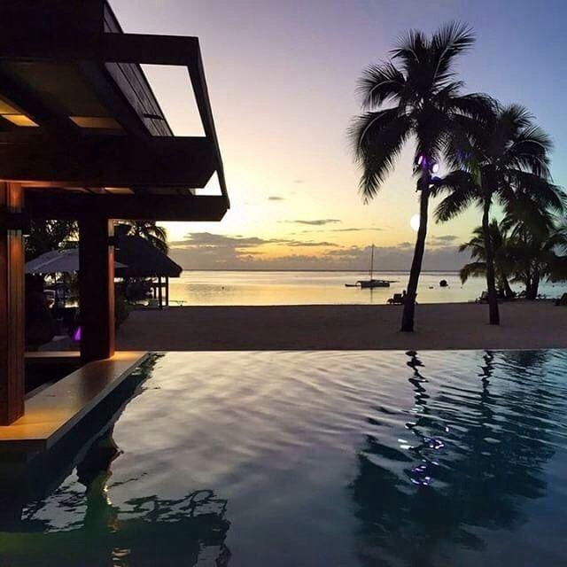 Best way to end a week ! :@littlebree07 moorea.intercontinental.com #ICMoorea #Moorea #InterContinentalLife #FrenchPolynesia #sunset #islandlife #island #colors