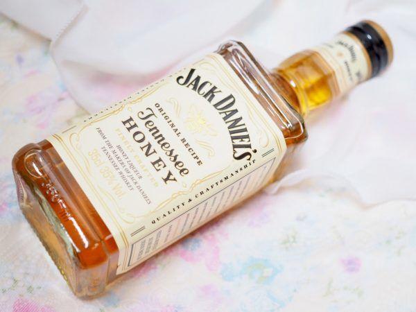 【あったかアレンジ】ホットで飲む「ジャックダニエル テネシーハニー」が染み渡る♪ https://mognavi.jp/news/shokurepo/64242/ かんたんアレンジに挑戦してみました! #ジャックダニエル #テネシーハニー #ウイスキー #カクテル #お酒