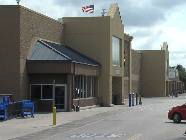 I-Team: Official says sudden Walmart closing was suspicious Commissioner says normally company plans ahead