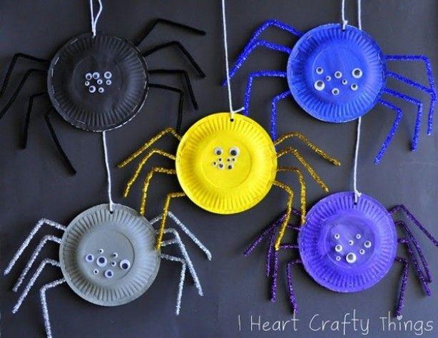 Begeleide of zelfstandige activiteit - Spinnen knutselen
