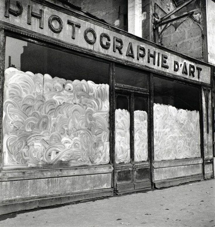 Edouard Boubat - Photographie d'art, Paris. 1948: