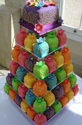 .: Minis Cakes, Cakes Ideas, Weddings, Food, Colors Cakes, Wedding Cakes, Mini Cakes, Cupcakes Towers, Cupcakes Cakes