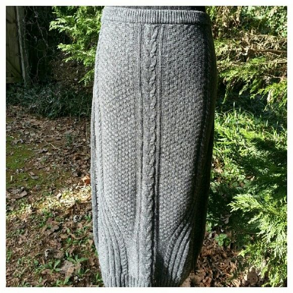 "Needled Path Sweater Skirt by Sparrow Gray cabled sweater knit skirt with elastic waist. Pull-on styling, 27"" long. Waist 13"" across, has stretch. Viscose/nylon/wool/cashmere, dry clean recommended. Worn once, EUC. Anthropologie Skirts Midi"