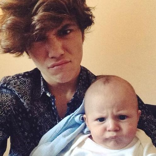 His face:) George Shelley with babies will be the death of me...asdfghjkl