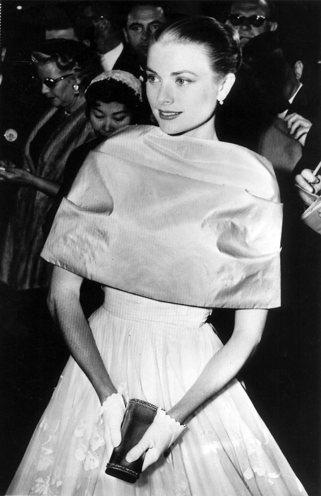 Best Shawl: Grace Kelly