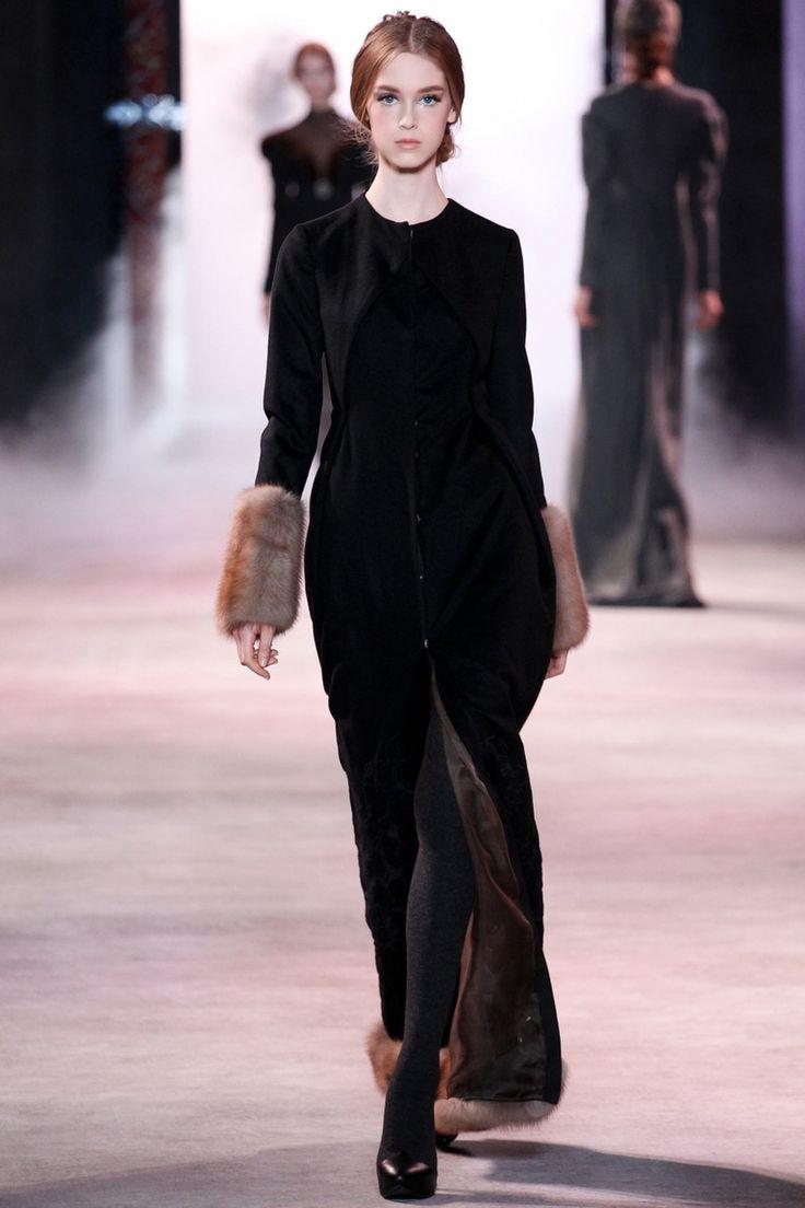 Ulyana Sergeenko | Коллекции осень-зима 2013/2014 | Париж | VOGUE