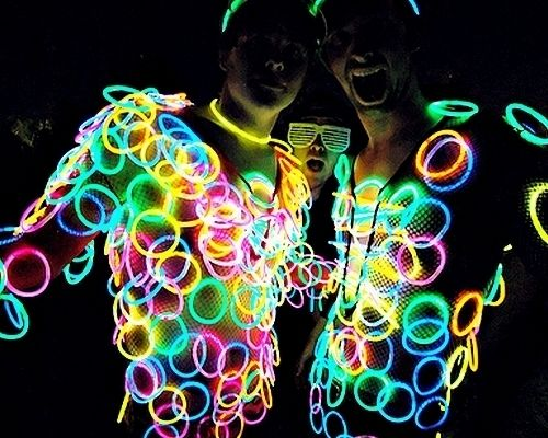 Glow Bracelet Extravaganza! http://glowproducts.com/glownecklaces/8inchassorted/                                                                                                                                                      More