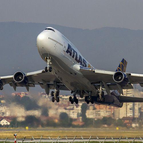 Atlas Air Boeing 747-446