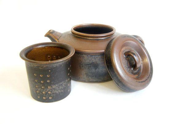 Arabia Finland Ruska Tea Pot Ulla Procope by RobinsRoostVintage