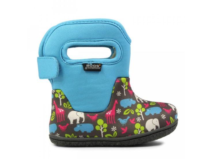 """BABY BOGS CLASSIC Animal Aqua. Dětské zimní boty Baby Bogs Classic Camo pro chlapce. Díky pohodlným rukojetím uslyšíte """"Já sám!"""" při každém nazouvání :-) - 100% voděodolné - vyrobeny z 3mm Bogs Neo-tech™izolace, s příjemnou hřejivou..."""