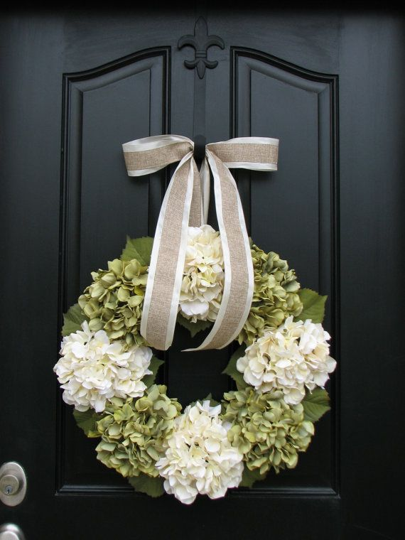 I want a wreath for every season. And  a black door.