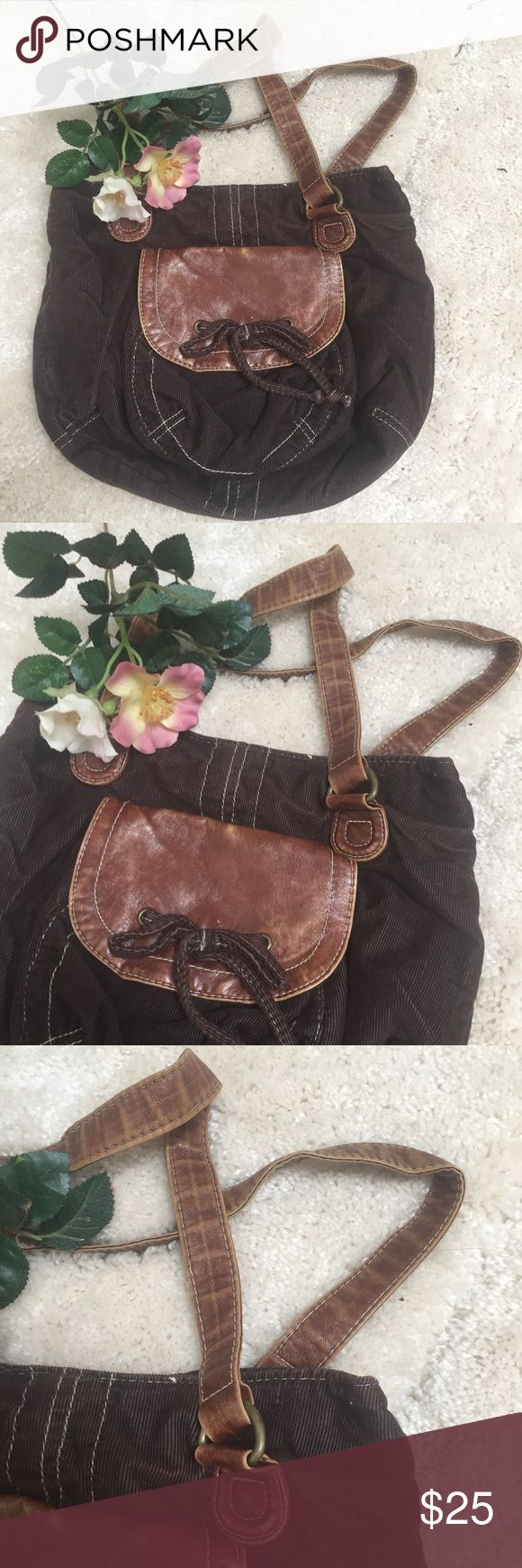 SO Brown Mini Shoulder Bag 👍 for notifications | 💸 bundle to save |      Perfect for running errands or carrying to a concert or festival   100% Cotten and non leather Measurement: 11.5x9.5 SO Bags Shoulder Bags
