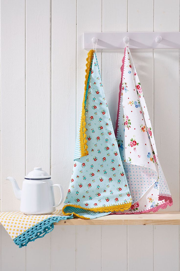 18 best handmade christmas gifts images on pinterest christmas how to decorate tea towels with crochet edging buycottarizona Image collections