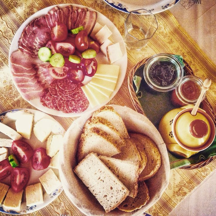 Proud to be a Romanian! This traditional breakfast, all homemade, just made my day!!