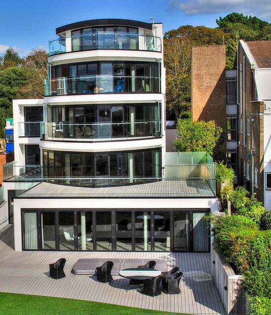 Contemporary house poole dorset contemporary houses - Architects poole dorset ...