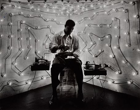 Invisible Man: Gordon Parks and Ralph Ellison in Harlem | The Art Institute of Chicago