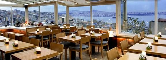 The restaurant Leb-i-Derya, Istanbul offers great international cuisine while one enjoys the panoramic views over the city.