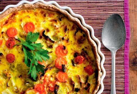 Tærte med spidskål og gulerødder