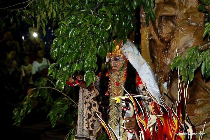 Calon Arang di Festival Ogoh-Ogoh 2016 Banjar Semawang @tozanmimba #Bali #culture http://goo.gl/6rp5bq