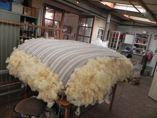 les 25 meilleures id es de la cat gorie matelas tapissier sur pinterest lit de futon futon de. Black Bedroom Furniture Sets. Home Design Ideas