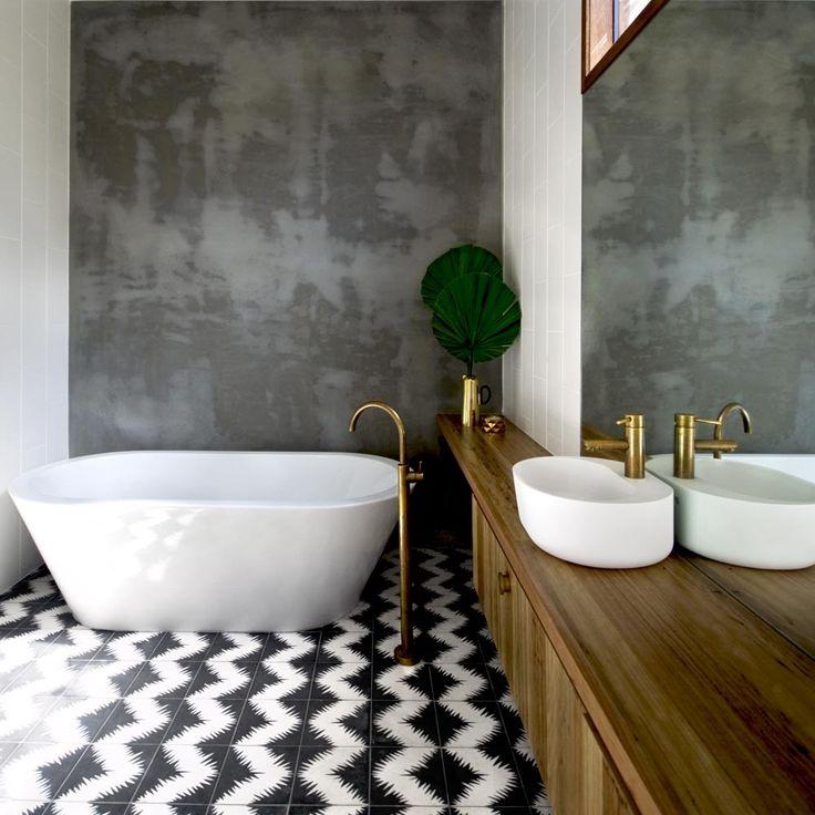 Une salle de bain design   design d'intérieur, décoration, maison, luxe. Plus de nouveautés sur http://www.bocadolobo.com/en/inspiration-and-ideas/