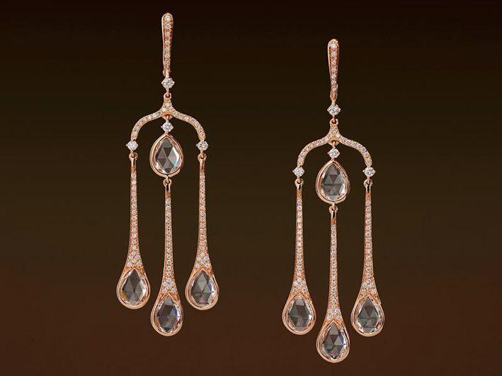 Orecchini in oro rosa con diamanti champagne
