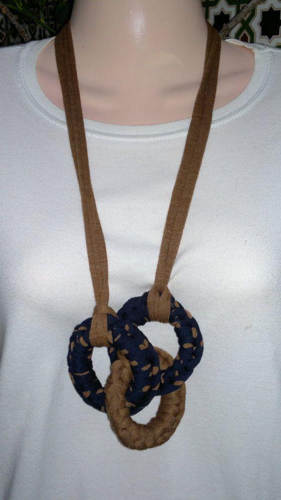 Collar aros de trapillo / MARULA - Artesanio